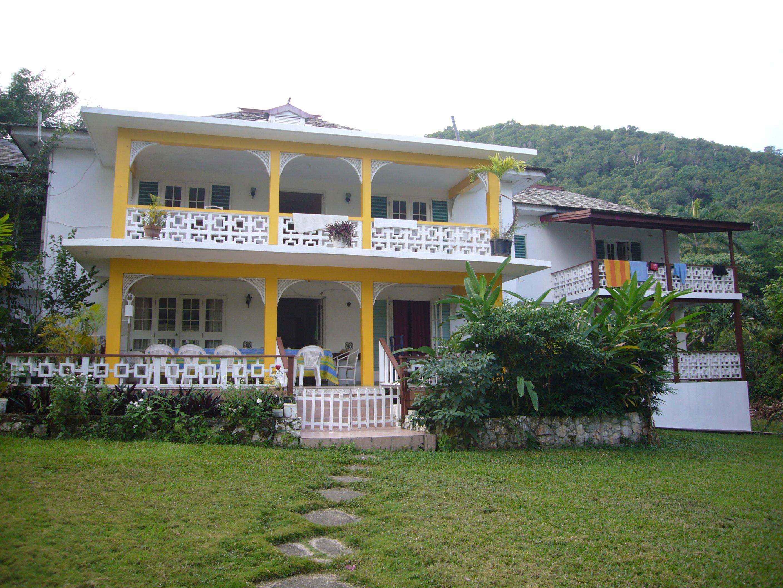 Jamaica vacation at the spring garden villa spring garden villa offers you a comfortable for Spring garden jamaican restaurant
