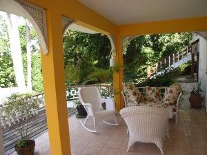 Spring Garden Villa, Veranda